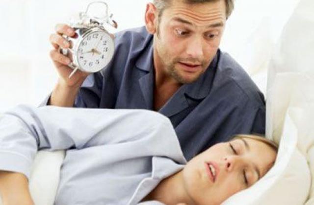 Почему человек храпит когда спит